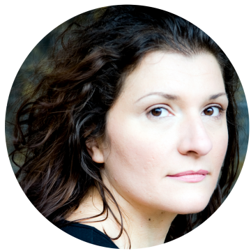 Adna Sablyich Bosnian voiceover headshot