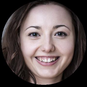 Aiste Gramantaite Lithuanian voiceover headshot
