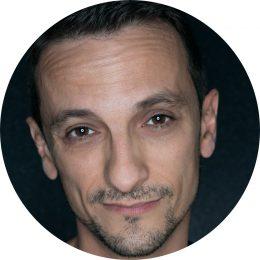 Albert Pereira Spanish Male Voiceover Headshot