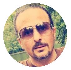 Alex Madia Italian voiceover headshot