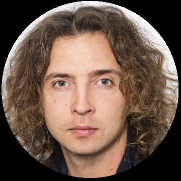 Alexey Averkin Russian voiceover headshot