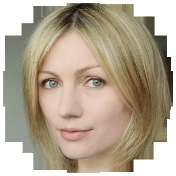 Aneta Piotrowska Polish voiceover headshot