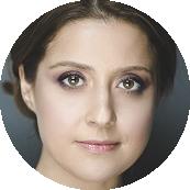 Anna Elena Pepe Italian female voiceover Headshot
