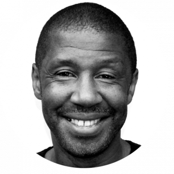 Brian Bovell male voiceover Headshot