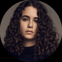 Carlota Ocon, Spanish, New, Female, Voiceover, Headshot