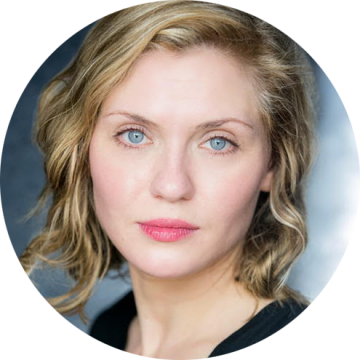 Carolin Stoltz Swedish female voiceover headshot