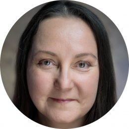 Carolyn Saint-Pe French FemaleVoiceover Headshot