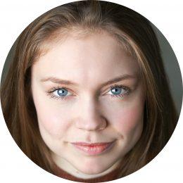 Charlotte Degraaf Dutch Female Voiceover Headshot