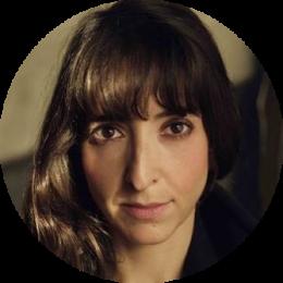 Clara Veci, New, Spanish, French, Female, Voiceover, Headshot