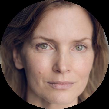 Cosima Shaw German female voiceover Headshot