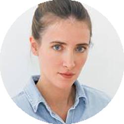 Diana Dimitrovici Romanian female voiceoverjj Headshot
