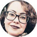 Elaine Perretti Portuguese-Brazilian Female Voiceover Headshot