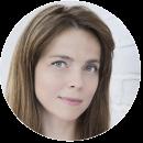 Elena Harding Romanian voiceover headshot