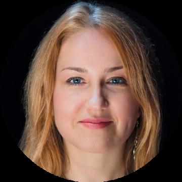 Eugenia Georgieva Bulgarian female voiceover Headshot