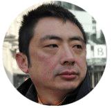 Howard Zhang Mandarin male voiceover headshot
