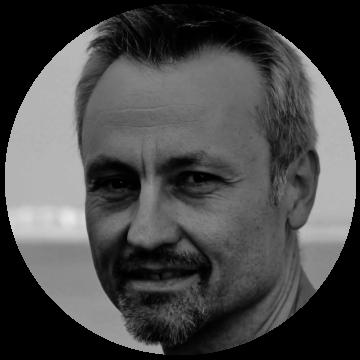 Janusz Sheagall Polish voiceover headshot