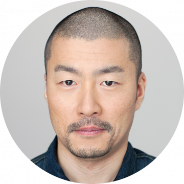 Josef Aoki Japanese male voiceover headshot