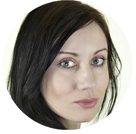 Julia Abelle Russian voiceover headshot