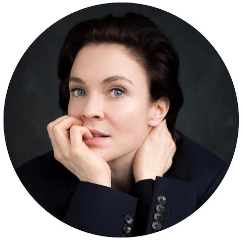 Kaisa Hammarlund Swedish female voiceover Headshot