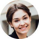 Karina Wiedman Russian Female Voiceover Headshot