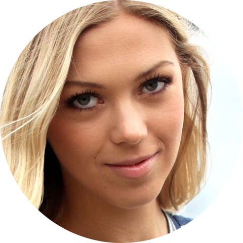 Karolina Furberg Swedish female voiceover Headshot