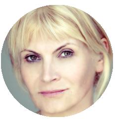 Larissa Kouznetsova Russian voiceover headshot