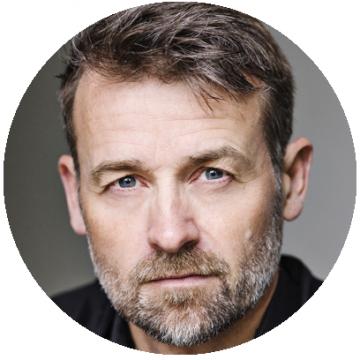 Lars Knudsen Danish voiceover headshot