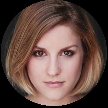 Leonie Schliesing German voice over headshot