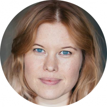 Lexie McDougall female voiceover Headshot