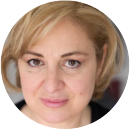 Lisa Genovese Italian voiceover headshot