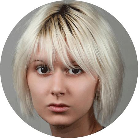 Marta Talmacs Hungarian voiceover headshot