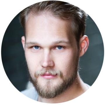 Mathias Asplund Norwegian voiceover headshot