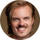 Max Himmelreich Dutch Male Voiceover Headshot