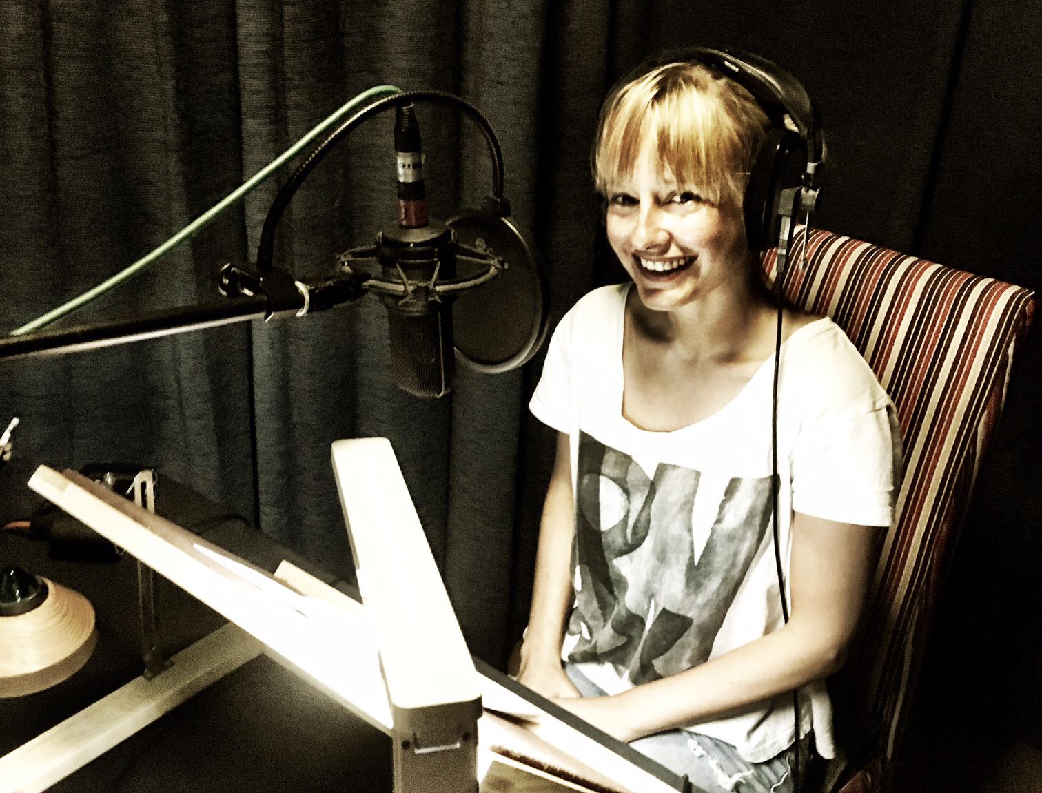 Nathalie Buscombe corporate voiceover studio