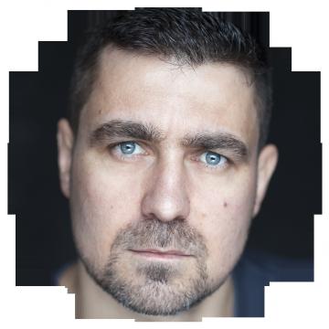 Orli Shuka Albanian voiceover headshot