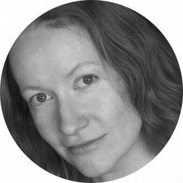 Ragga Gudmundsdottir, Icelandic, New, Female, Voiceover, headshot