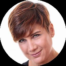 Rania Kurdi, Female, Arabic, Voiceover, Headshot