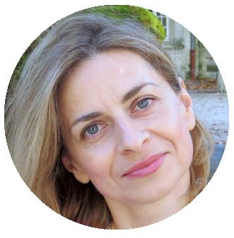 Renata Wojciechowska Polish voiceover headshot