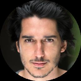 Roberto Vivancos, Spanish, Male, Voiceover, Headshot