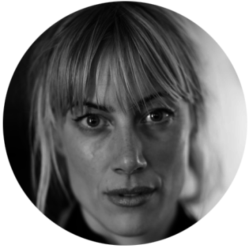 Sara Lewerth Swedish voiceover headshot
