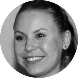Sarah Matelart French-Belgian Female Voiceover Headshot