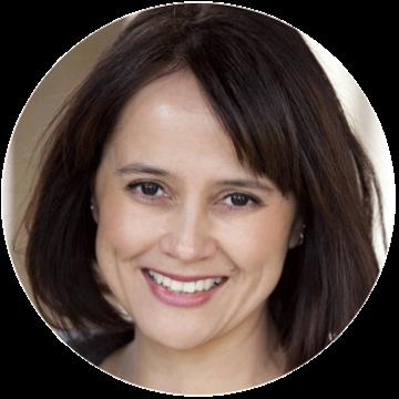 Silvana Montoya Spanish Latin female voiceover headshot
