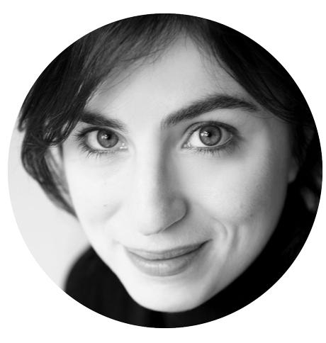 Tara Jaffar Arabic voiceover headshot