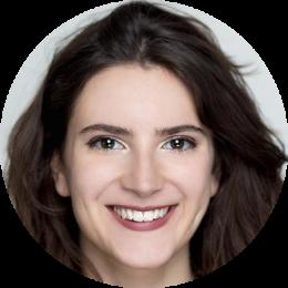 Tessa Battaiotto, Italian, Female, voiceover, headshot