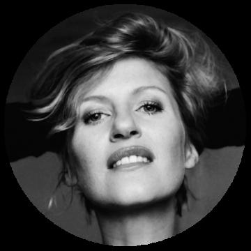 Trine Thielen Flemish voice over headshot