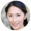 Yuyu Rau Chinese Mandarin voiceover headshot